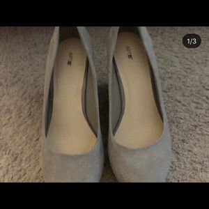 WEDGES, GRAY